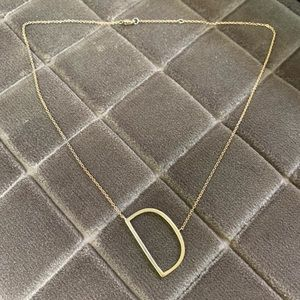 Jewelry - Dainty Gold 'D' Initial Necklace ✨